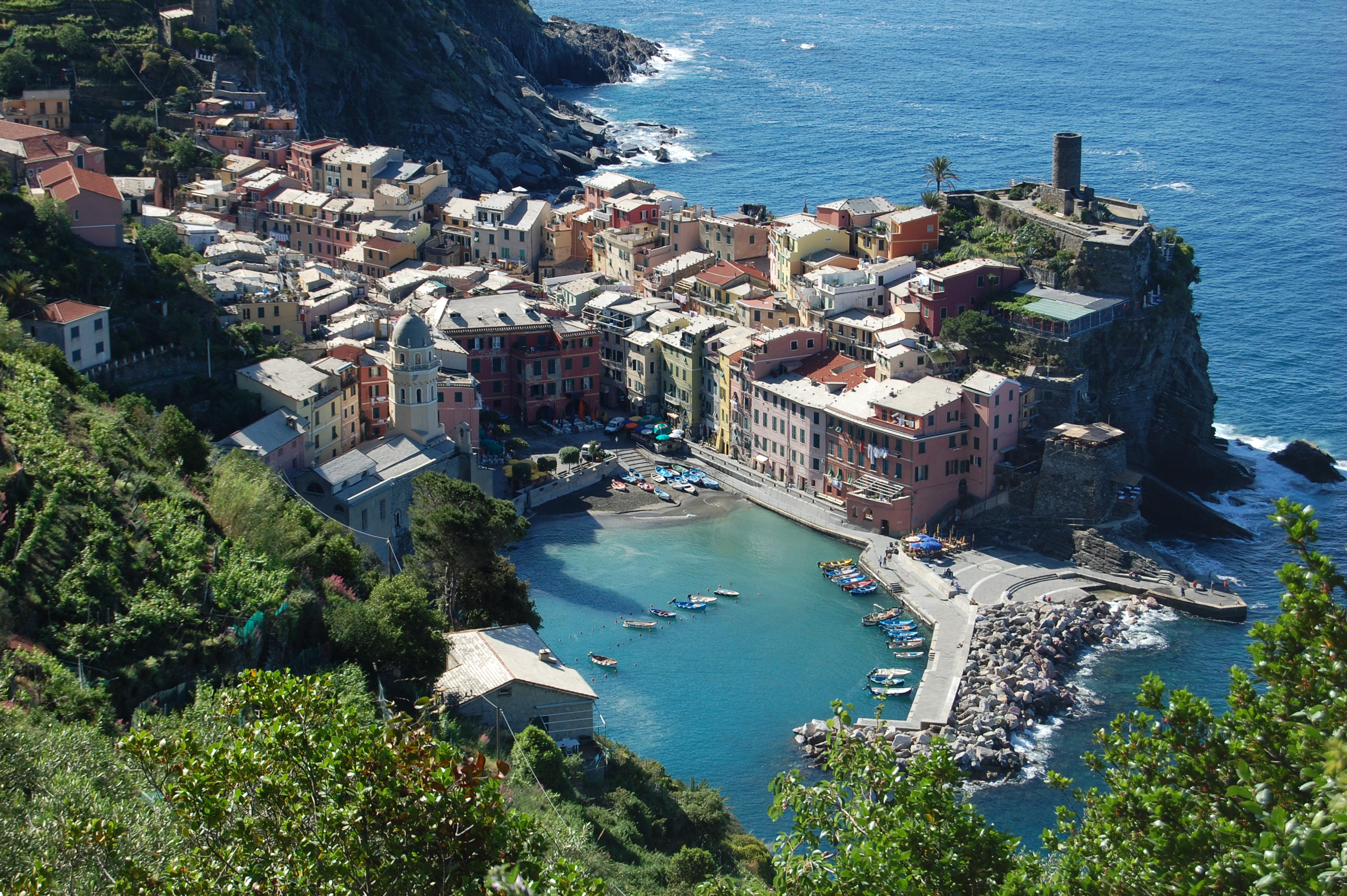 Best towns to homebase in italy without a car italy for Best place to visit italy